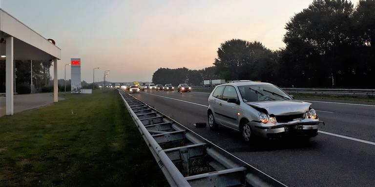 Half uur vertraging op A1 van Oldenzaal richting Almelo door ongeval.