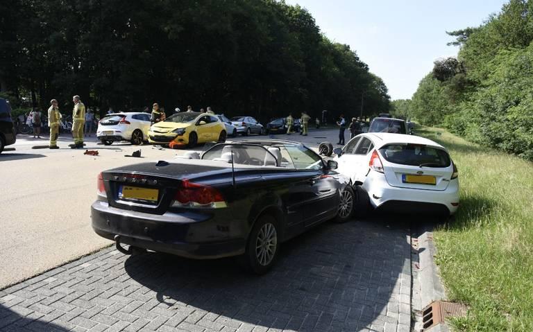 Meerdere auto's betrokken bij ongeluk in Havelte.