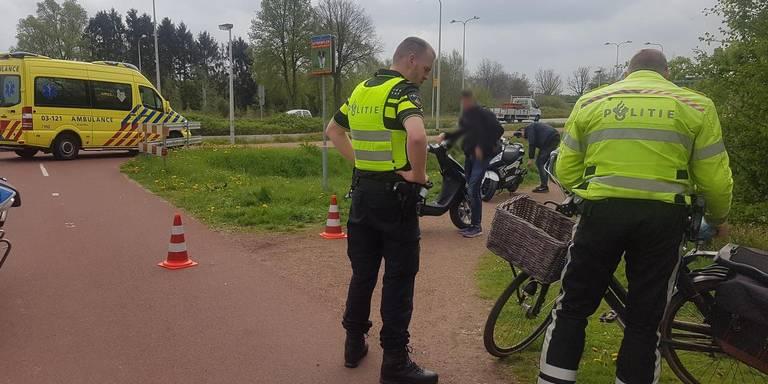 Fietser gewond bij aanrijding met scooter.