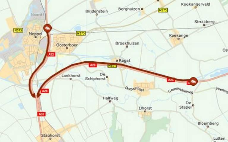 Flinke vertraging op A28 door ongeluk en autobrand bij Staphorst.