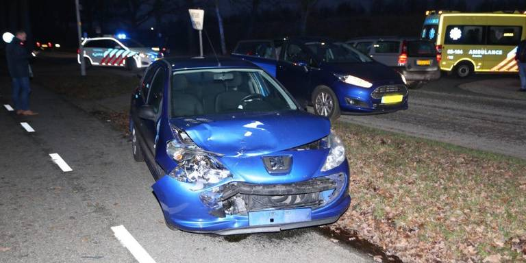 Gewonde bij auto-ongeluk bij Nooitgedacht.