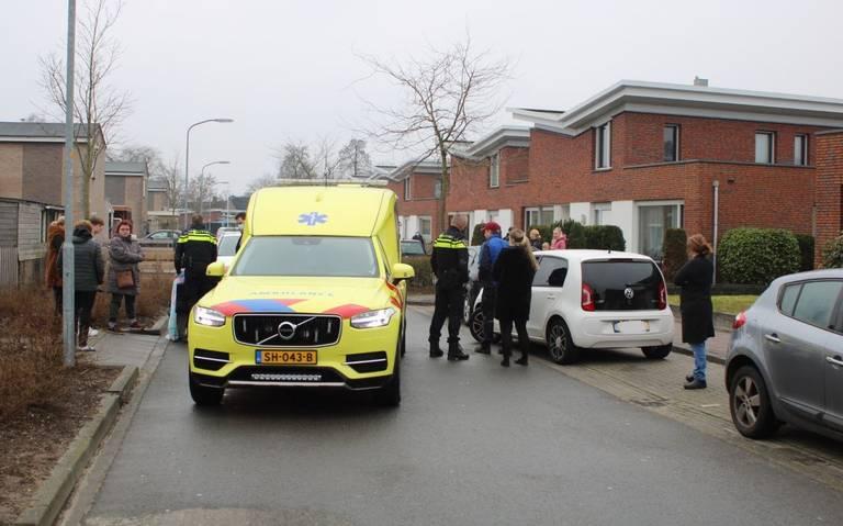 Fietser gewond na aanrijding in de R. Schuilingstraat Emmen.