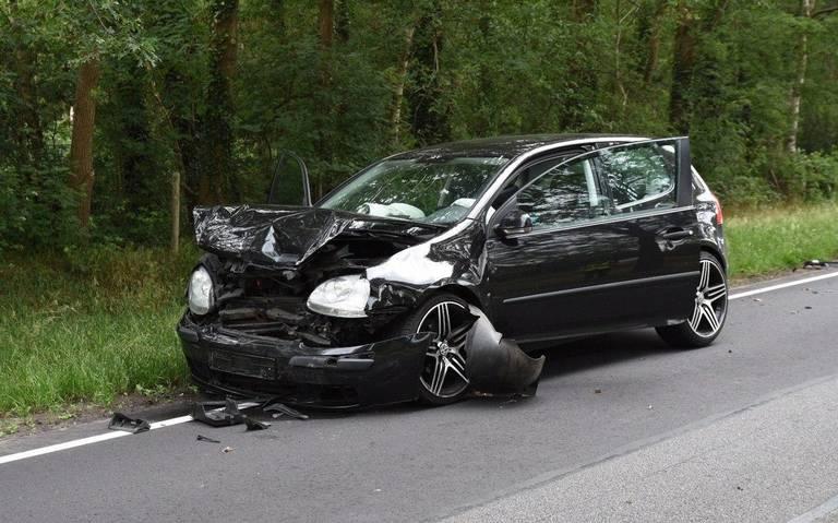 Kopstaartbotsing op Rondweg Emmen: geen gewonden.