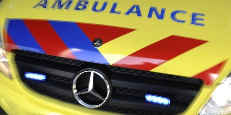 Bromfietser zwaargewond bij ongeluk Broekhuizen.