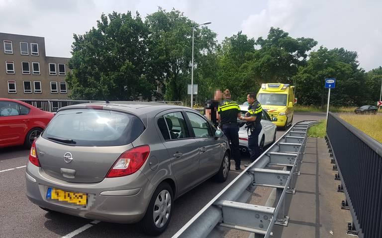 Vrouw gewond na botsing op de Ingenieur C.F. Bekinkbaan in Meppel.