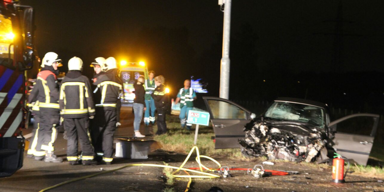 Vrouwen uit Steenwijk gewond bij ongeluk A32.
