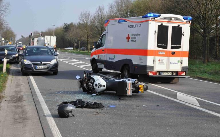 Motorrijder uit Emmen ernstig gewond bij ongeluk in Lingen.