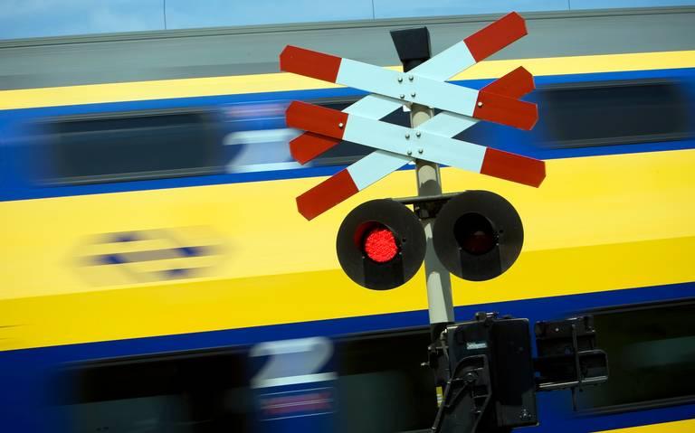 Geen treinen Assen-Groningen door aanrijding.