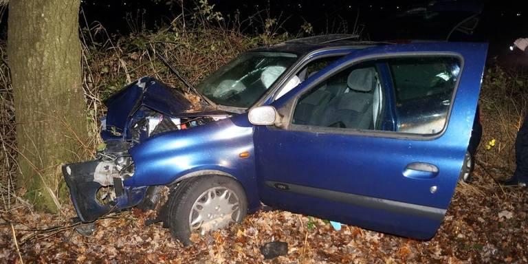 Vrouw gewond na ongeluk tussen Coevorden en Dalen.