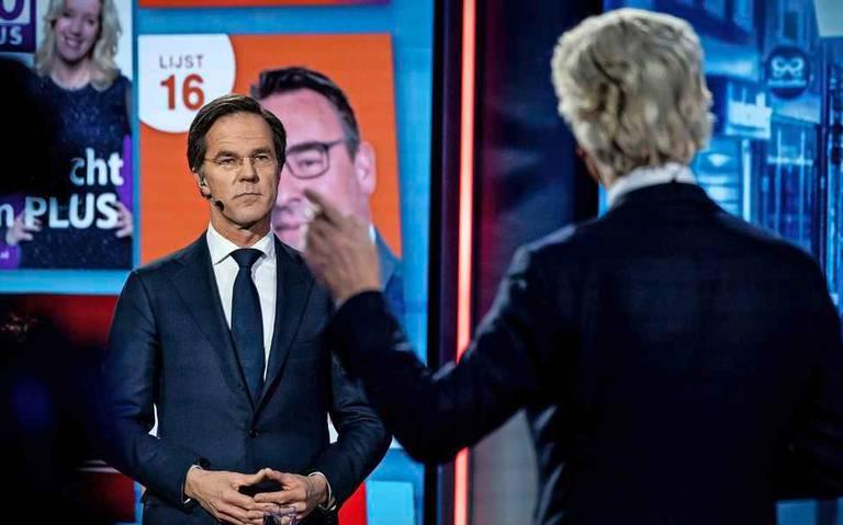 Slotdebat lijsttrekkers: harde botsing Wilders en Rutte over toeslagenaffaire.