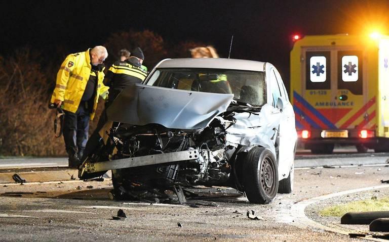 Twee gewonden bij ongeluk op kruising bij Lauwersoog.