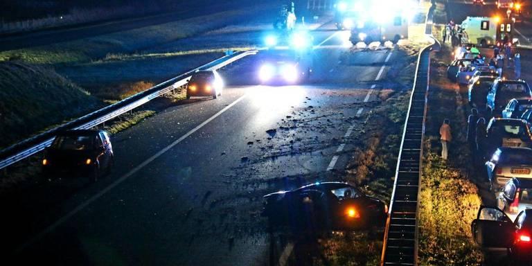 Man uit Blauwestad ernstig gewond bij aanrijding op A7.