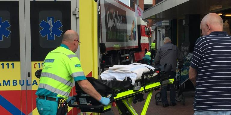 Vrouw door vrachtwagen aangereden op de Venne in Winschoten.
