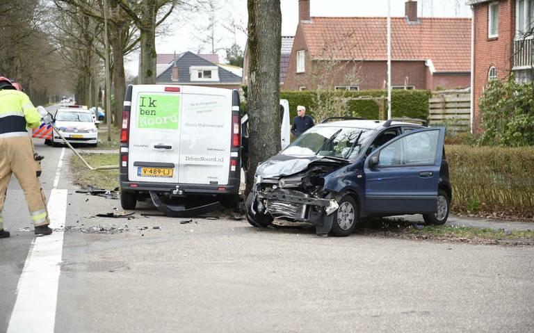 Botsing op de Vosholen in Sappemeer door voorrangsfout.