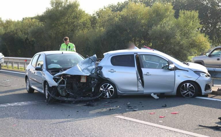 Nóg een ongeluk op de N33 bij Meeden, vlak na het eerste.