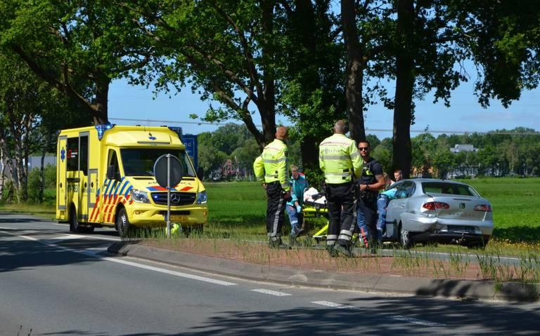 Aanrijding op de Kielsterweg buiten Hoogezand: een persoon gewond.
