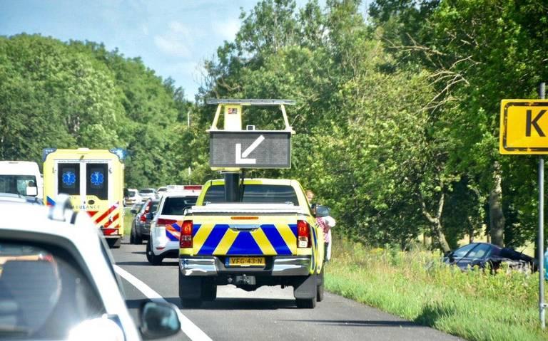 File op A7 bij Kolham: botsing tussen twee auto's.
