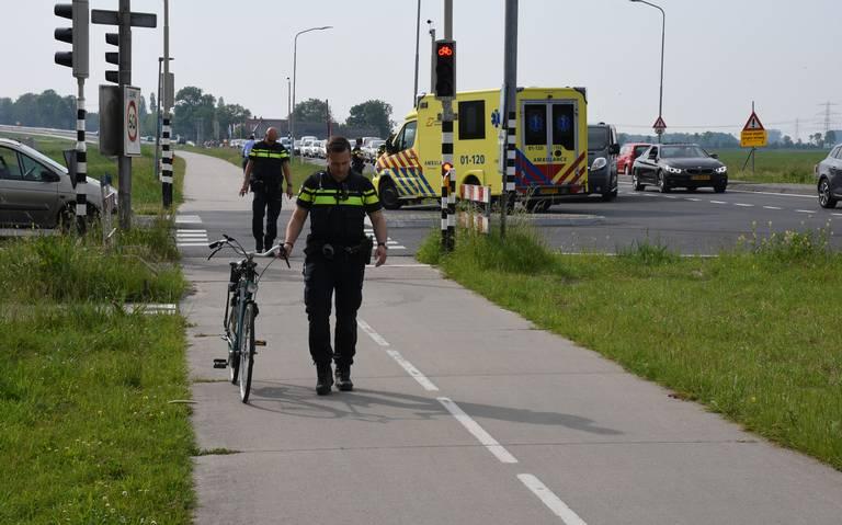 Fietser aangereden door bus bij Friesestraatweg Groningen: file.