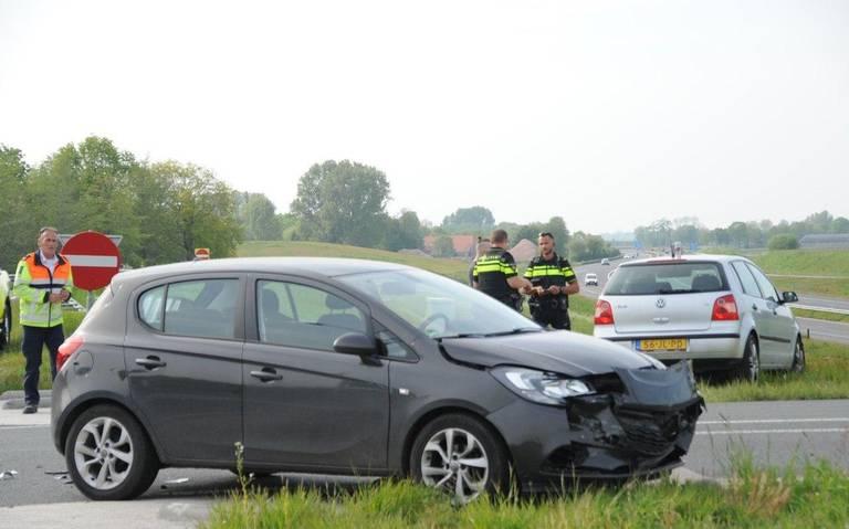 Botsing op afrit A7 tussen Winschoten en Scheemda: geen gewonden.