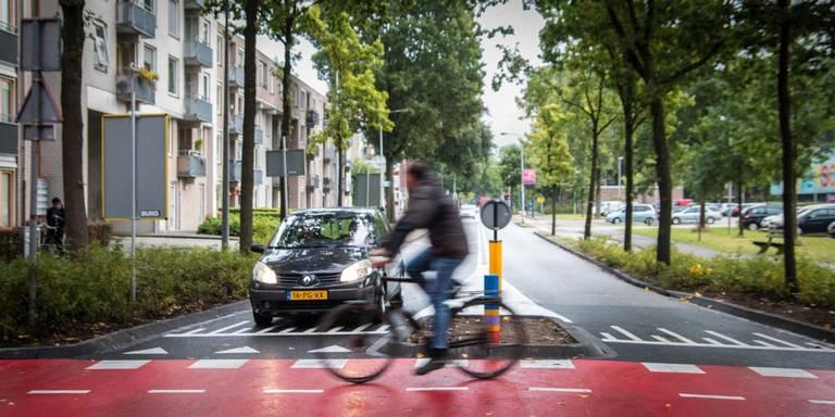 Botsing tussen auto en fiets bij nieuwe oversteek Selwerd.