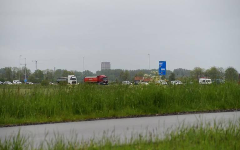Aanrijding bij Zuidwolde; N46 dicht tussen Groningen en Bedum.