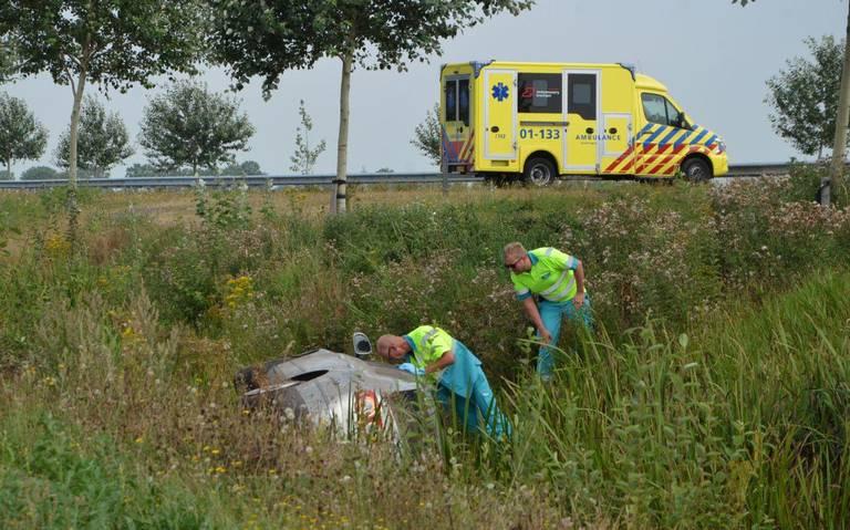 N33 tussen Wildervank en Bareveld in beide richtingen afgesloten na ongeval.