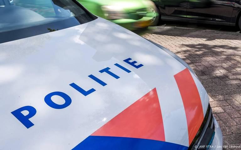 Fietser aangereden in Klazienaveen. Automobilist rijdt door.
