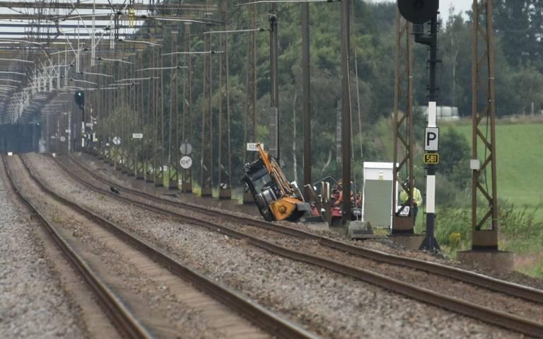Geen treinen tussen Meppel en Steenwijk vanwege gekantelde maaitrekker.