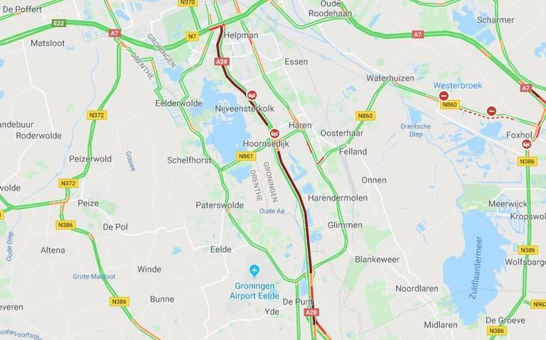 Files door ongeluk met meerdere autos op A28 bij Haren begint op te lossen.