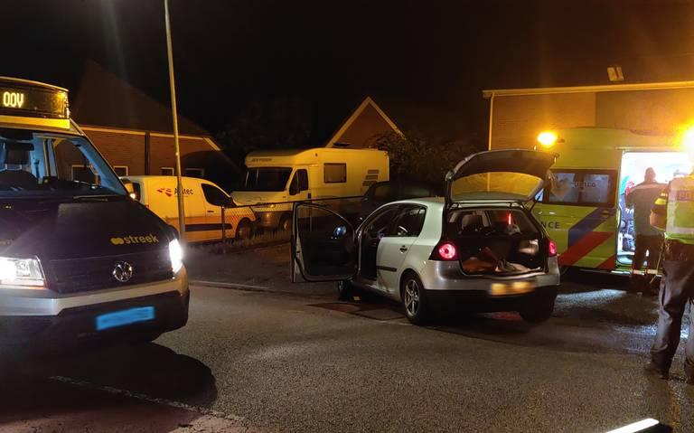 Botsing tussen streekbus en auto in Gasselte.
