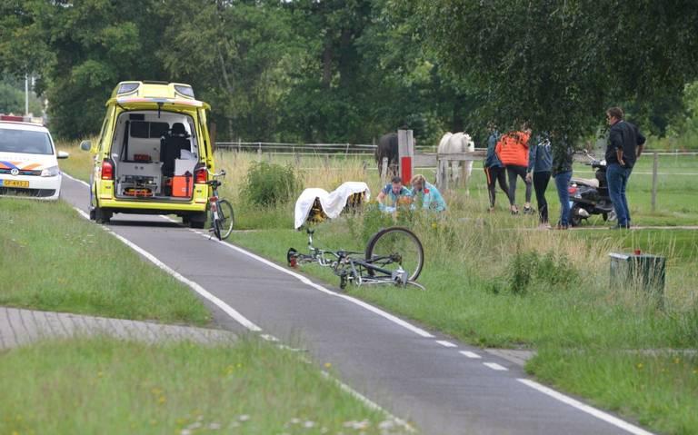 Fietser gewond bij aanrijding met auto in Tynaarlo.