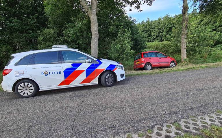 Automobilist raakt gewond bij eenzijdig ongeluk in Valthermond.
