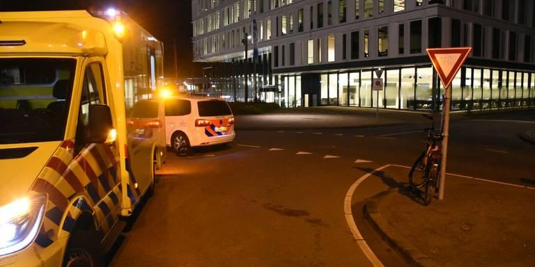 Fietser gewond na aanrijding Helperpark Groningen.