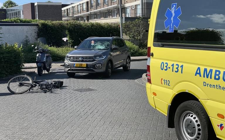 Fietser gewond door aanrijding in Emmen.
