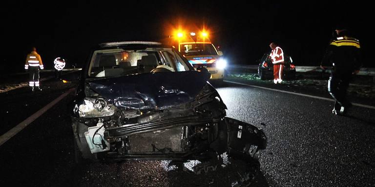 Auto-ongeluk veroorzaakt kilometerslange file op A28 bij De Wijk.