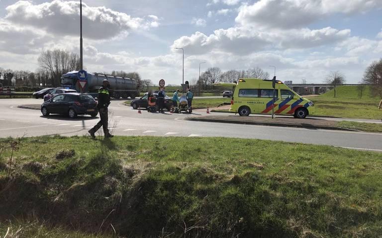 Ongeluk tussen auto en scootmobiel op toerit N34 bij Coevorden.