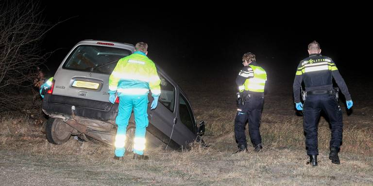 Automobilist uit Oude Pekela gewond bij ongeluk Alteveer.