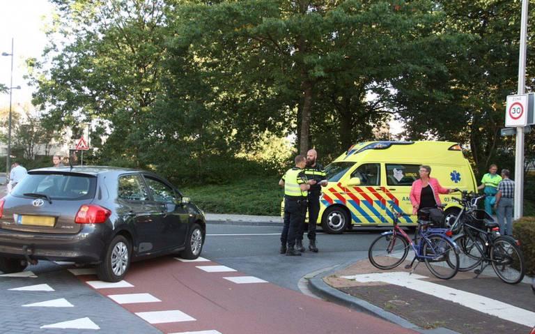 Fietser gewond na aanrijding in Hoogeveen.