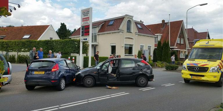 Twee gewonden door botsing in Stadskanaal.
