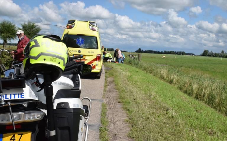 Wielrenner uit Grijpskerk raakt gewond bij botsing met auto in Augsbuurt.