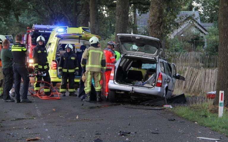 Weg Oosterwolde - Veenhuizen dicht door ongeluk.