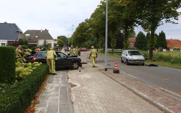 Twee gewonden bij autobotsing in Valthermond.
