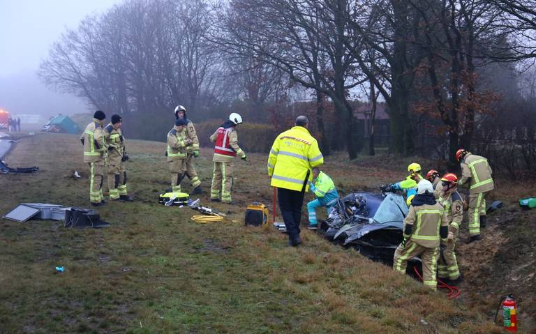 Gewonde bij ongeluk op de N34 bij Ees is vrouw uit Groningen.