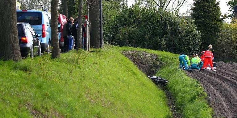 Motorrijder komt om het leven na ongeval in Wedde.