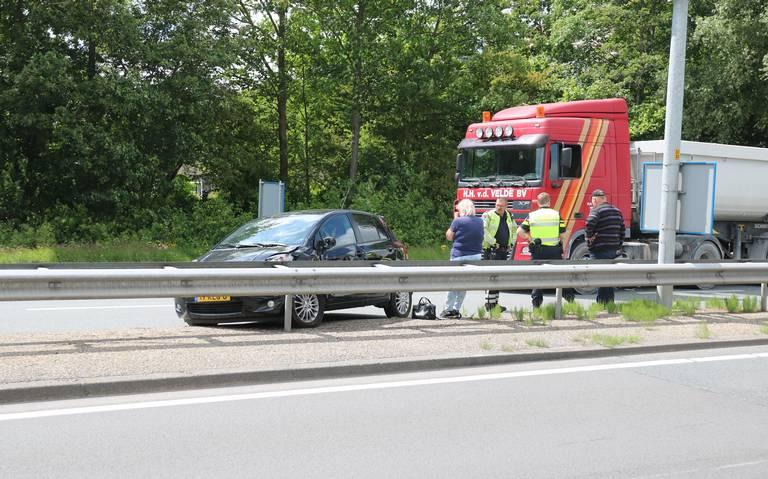 Vrouw gewond bij ongeluk op ringweg Groningen.