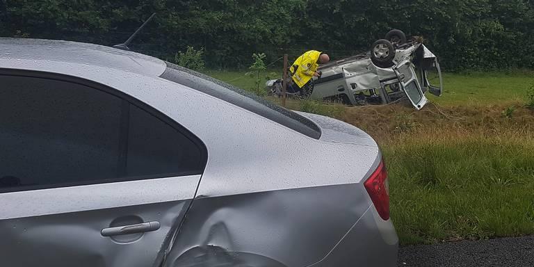 Drie gewonden bij verkeersongeluk op A28.