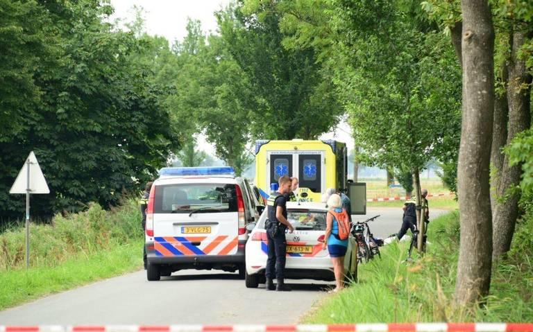 Automobilist maakte zowel voor als na dodelijke aanrijding in Spijk dollemansrit door de omgeving.