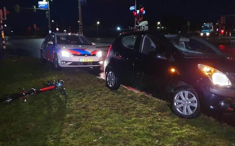Fietser aangereden door automobilist in Hoogeveen.