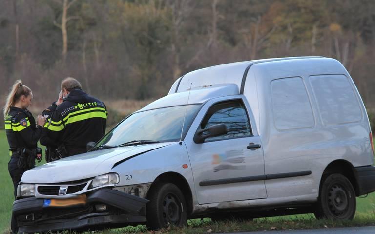 Gewonde bij kopstaartbotsing met drie autos in Assen.