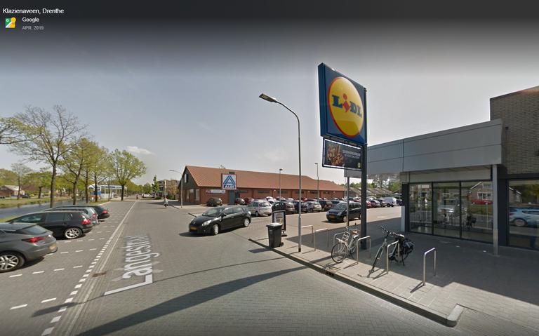 Jongen heeft een gebroken enkel door een opzettelijke aanrijding in Klazienaveen.